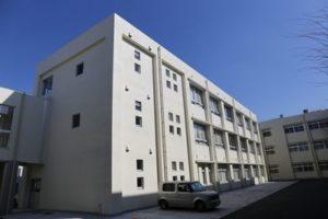 八幡工業 校舎1